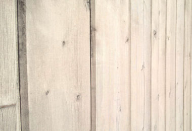 Porte placard en bois