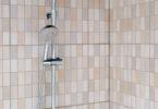 Détartrer colonne de douche