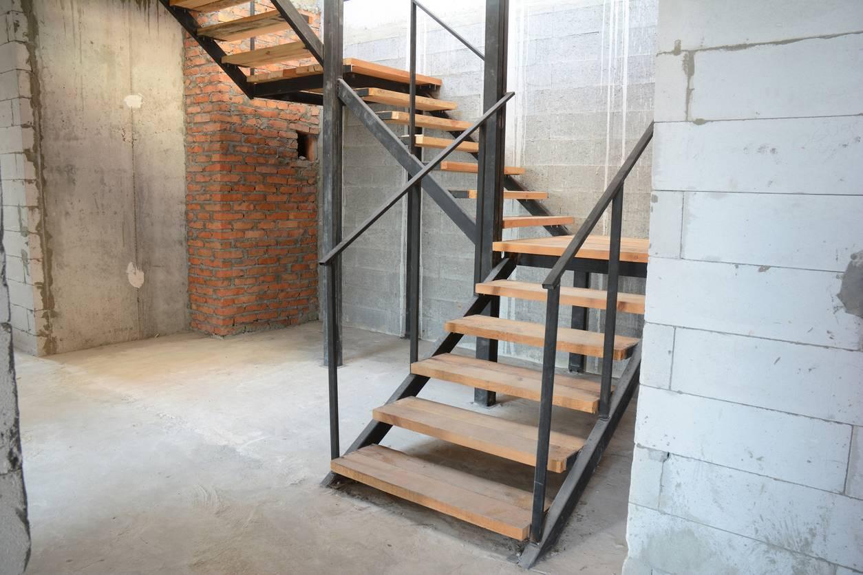 escalier en bois sur mesure ; entretien escalier en bois